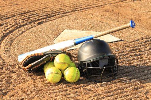 balls-baseball-bat-baseball-glove-257970